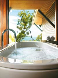 queensland island resorts qualia