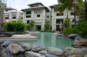 sea temple palm cove accommodation