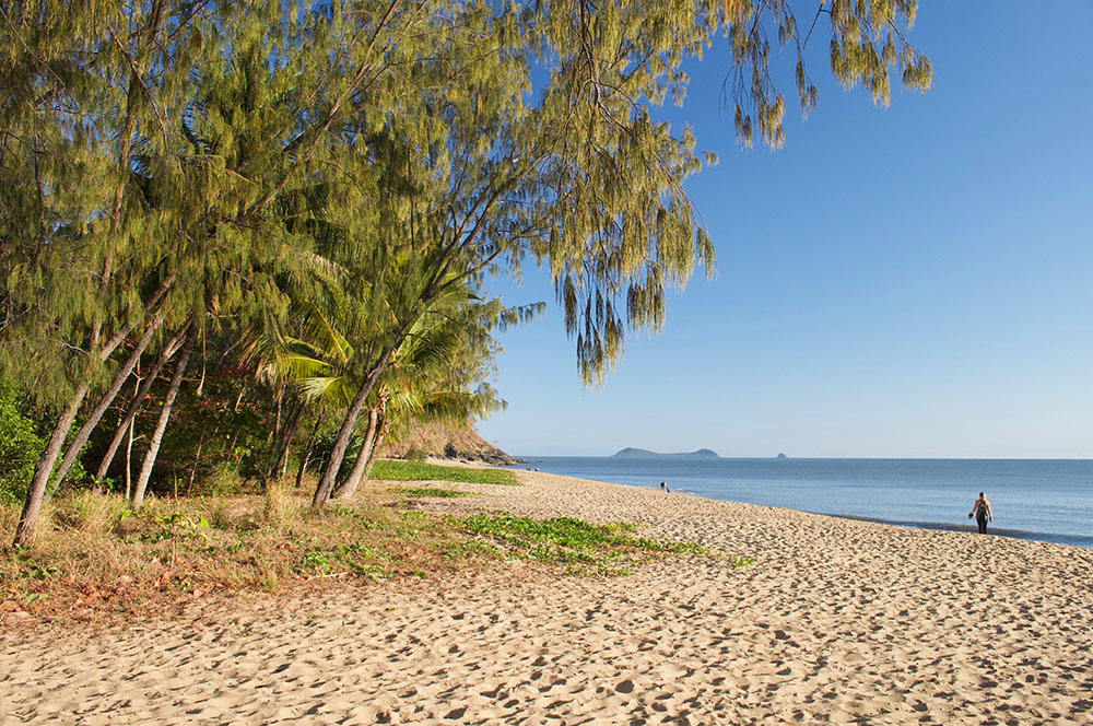 trinity park beach cairns