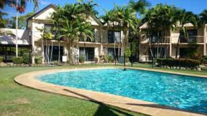 hinchinbrook marine cover resort, lucinda