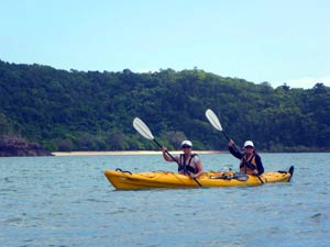 seak kayaking airlie beach
