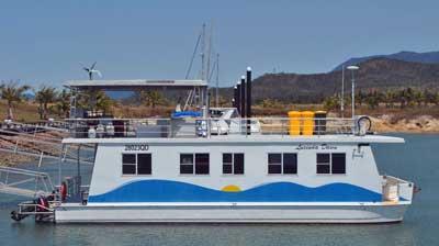 Hinchinbrook Houseboats for Rent in North Queensland, Australia