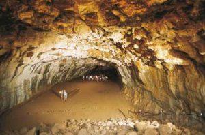 undara cave