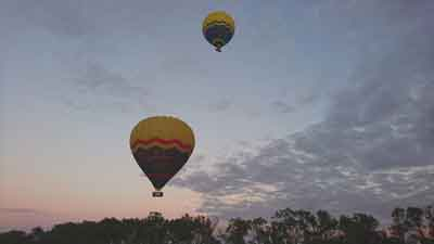 hot air balloons tablelands