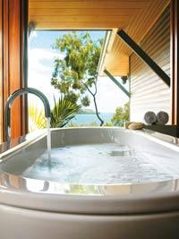 queensland island resorts qualia