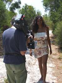 bush tucker woman