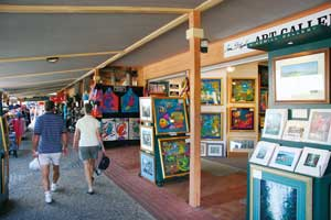 Browsing the shops and galleries in Kuranda