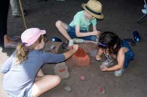 children aboriginal rock painting