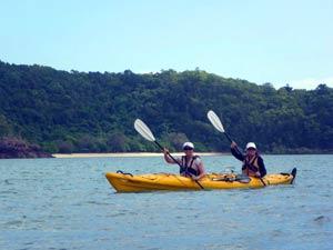 seak kayaking airlie beach