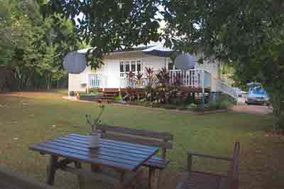 miss bullen's cottage, yungaburra accommodation, cairns tablelands