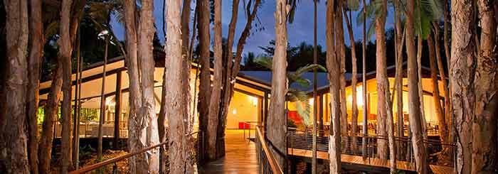 Kewarra Beach Resort: Beachfront Resort Close to the City