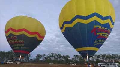 hot air balloons cairns