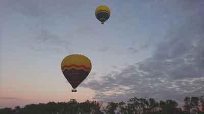 hot air balloons tablelands